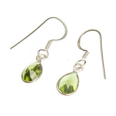 Peridot crystal tear drop ear rings